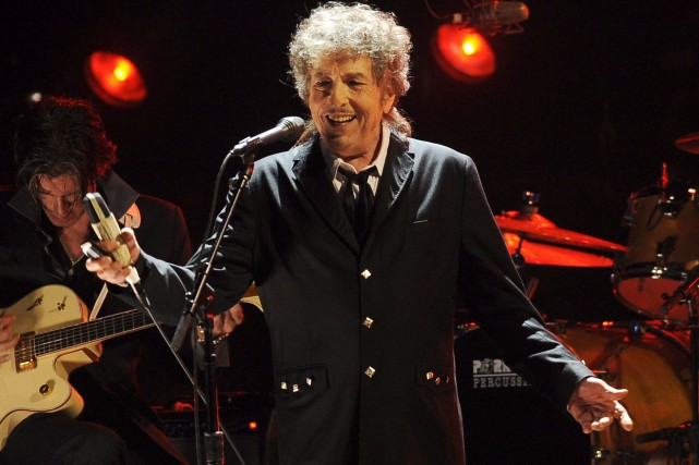 Bob Dylan est le premier auteur-compositeur à obtenir... (AP, Chris Pizzello)