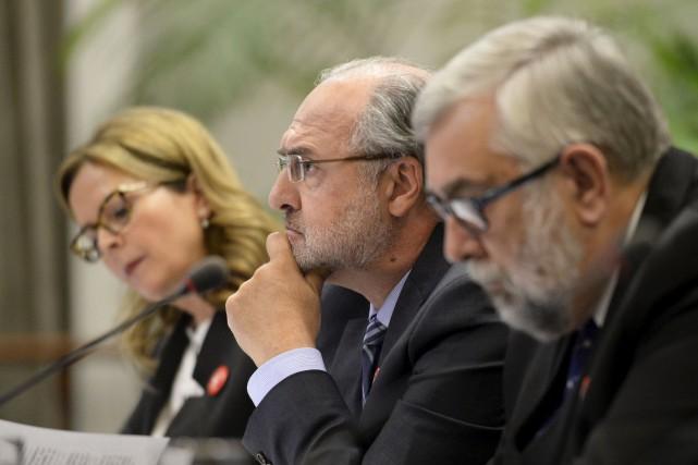 Le départ de Paul Shoiry (au centre) comme... (Le Soleil, Jean-Marie Villeneuve)