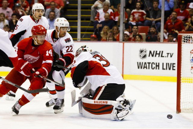 Mike Green a enregistré son premier tour du chapeau et Darren Helm a récolté... (PHOTO REUTERS)