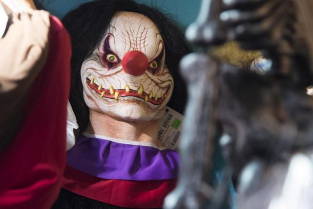 Le phénomène des clowns terrifiants qui déambulent dans... (photo saul loeb, archives agence france-presse)