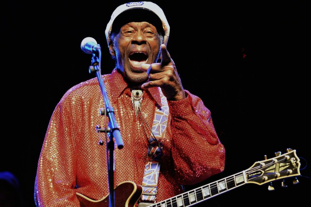 Chuck Berry lors d'un spectacle à Montevideo en... (PHOTO ARCHIVES AFP)