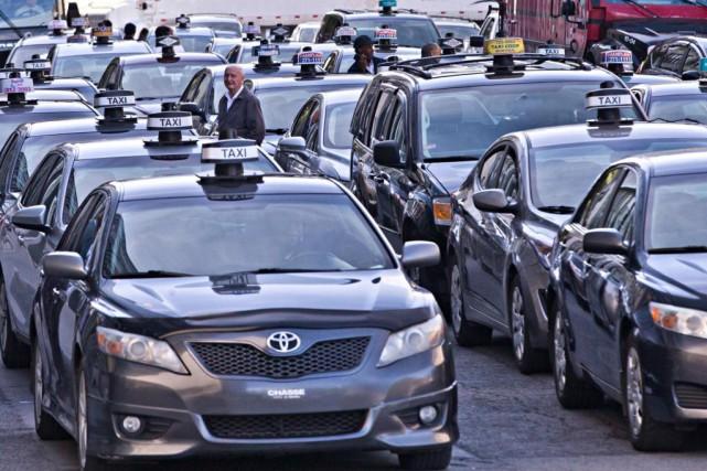 «L'industrie du taxi se défend contre un problème... (PHOTO PATRICK SANFAçON, archives LA PRESSE)