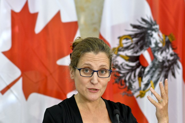La ministre canadienne du Commerce international Chrystia Freeland... (AFP, Herbert Neubauer)