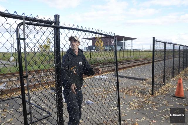 L'installation de la clôture faisant partie des exigences... (Sylvain Mayer, Le Nouvelliste)
