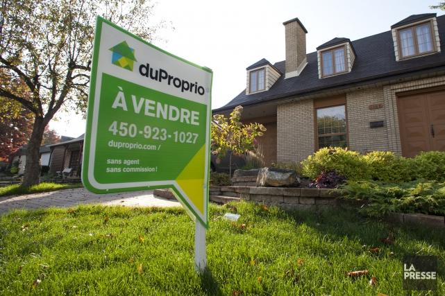 Le nombre de transactions immobilières a baissé au... (Archives La Presse)