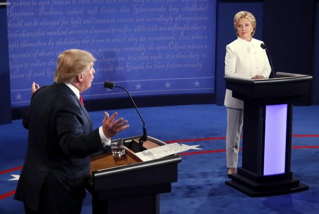 Donald Trump et Hillary Clinton lors de leur... (AP)