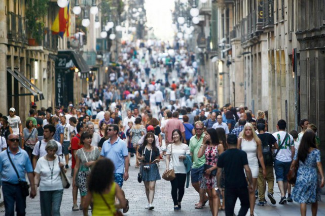 «Touristes, retournez chez vous!» On trouvera difficilement moins... (PHOTO ARCHIVES AFP)