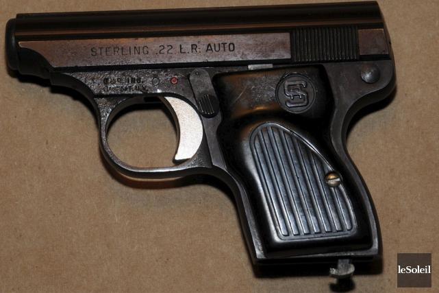 En utilisant un pistolet de calibre .22, mais... (Photothèque Le Soleil)