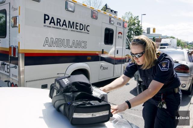 En 2015, le Service paramédic d'Ottawa, dont les... (Martin Roy, Archives LeDroit)