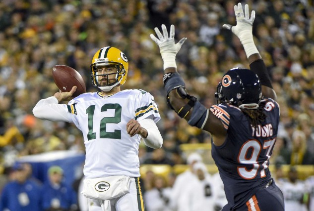 Aaron Rodgers (12) a complété 39 de ses 56... (Photo Benny Sieu, USA Today Sports)