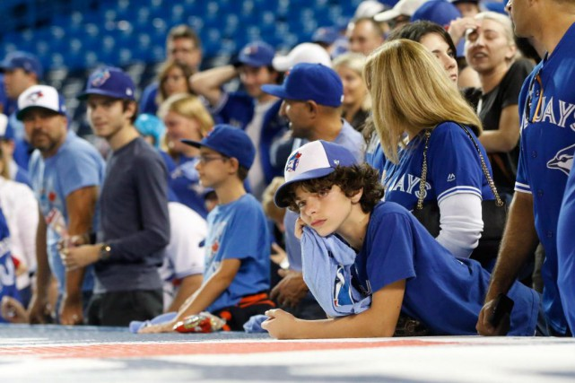 Les partisans des Blue Jays ont vu leur... (photo Mark Blinch, la presse canadienne)