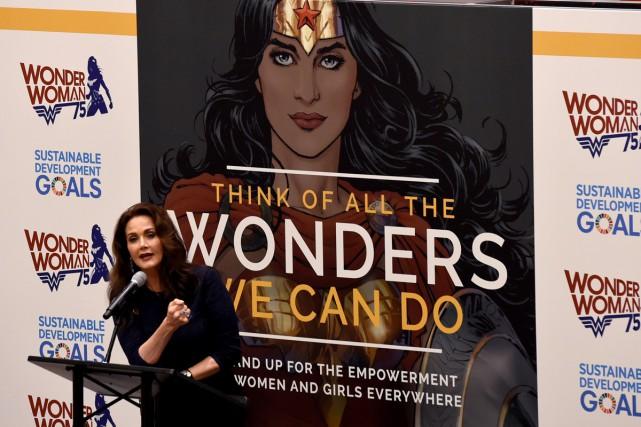 L'actrice Lynda Carter, qui a incarné Wonder Woman... (PHOTO AFP)