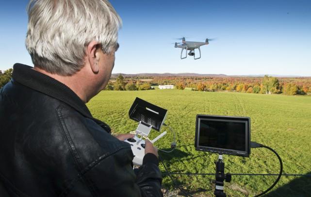 Nous avons testé avec l'opérateur de drone Luc... (Spectre Média, Jessica Garneau)