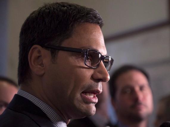 Le député libéral Gerry Sklavounos... (La Presse canadienne)