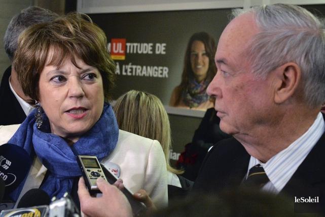 La ministre Hélène David s'était présentée sur le... (Le Soleil, Patrice Laroche)