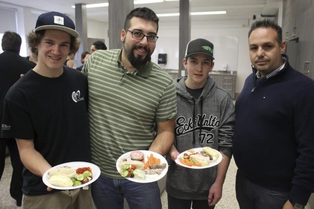 La cuisine d'enseignement de l'école Le Tournant de Dolbeau-Mistassini vient de... (Photo Le Progrès-dimanche, Isabelle Tremblay)