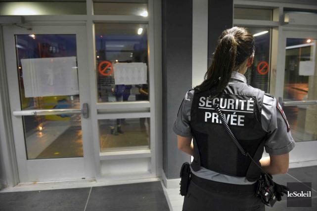 L'Université Laval a rehaussé les mesures de sécurité... (Le Soleil, Jean-Marie Villeneuve)