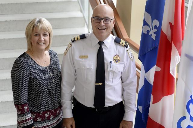 Nathalie Lamy et Marc Sénéchal... (Photo Le Progrès-dimanche, Jeannot Lévesque)