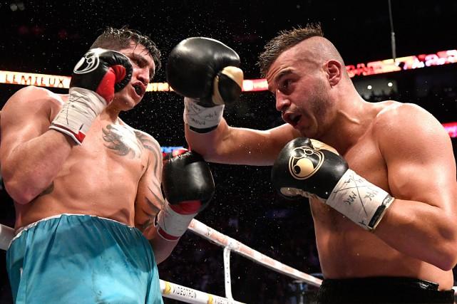 DavidLemieux (à droite) a vaincu Cristian Fabian Riospar... (La Presse)