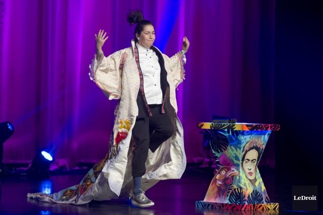 L'humoriste Mariana Mazza présentait son premier spectacle solo... (Martin Roy, LeDroit)
