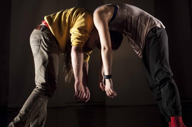 Les mouvements des interprètes créent des sons en... (David Cannon)