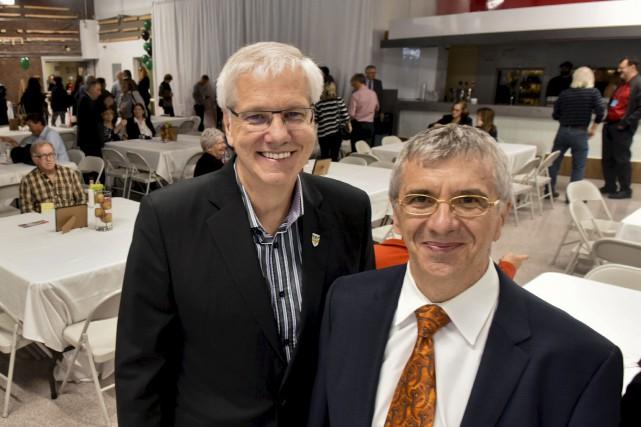 Le recteur de l'UQTR, Daniel McMahon, et le... (François Gervais)