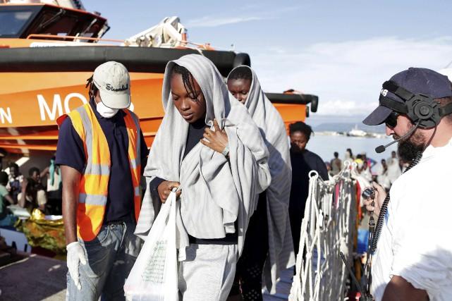 L'Italie a vu débarquer déjà sur ses côtes... (AFP, Yara Nardi)