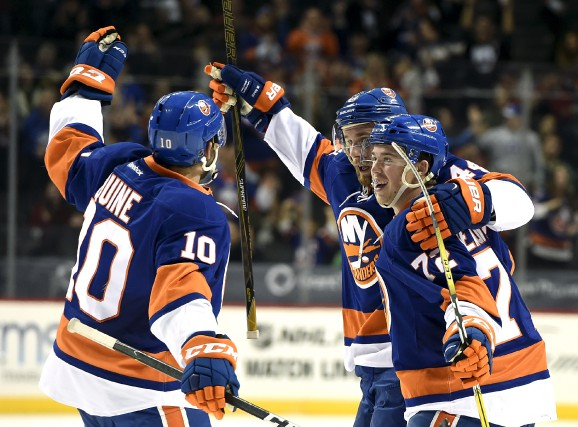 En cinq matchs avec les Islanders de New... (Associated Press)