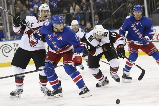 Dan Girardi a marqué à 1:55 de la troisième période et les Rangers de New York... (PHOTO AP)