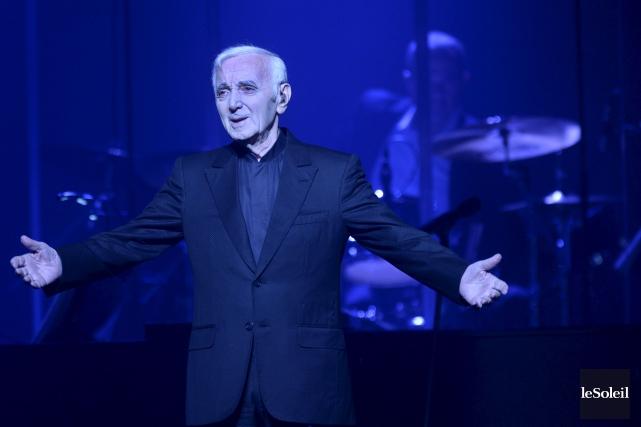 Si Charles Aznavour, l'homme, est indéniablement jeune de... (Le Soleil, Jean-Marie Villeneuve)
