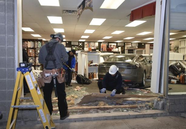 Le commerce Bô-Store reprendra ses opération mercredi à... (François Gervais)