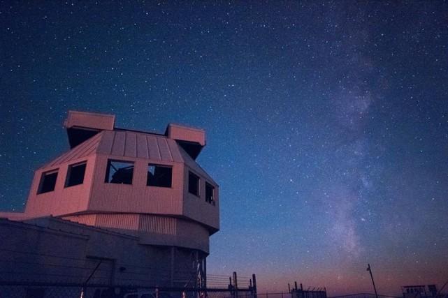 Le nouveau télescope de surveillance spatiale de l'armée... (PHOTO FOURNIE PAR LA DARPA)