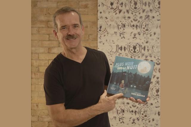 L'astronaute canadien Chris Hatfield a lancé un livre... (Courtoisie)