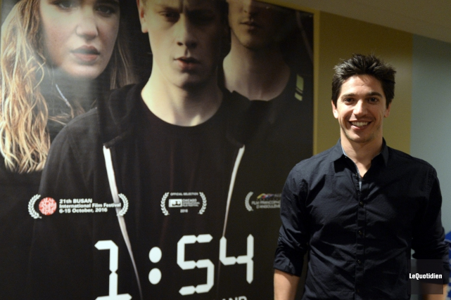 Yan England, réalisateur de 1:54, se déplace partout... (Photo Le Quotidien, Jeannot Lévesque)