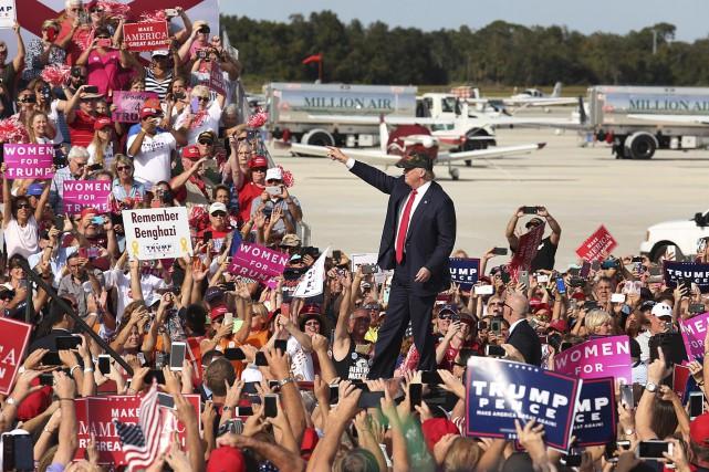 Donald Trump, qui promet de faire mentir les... (AP, Stephen M. Dowell)