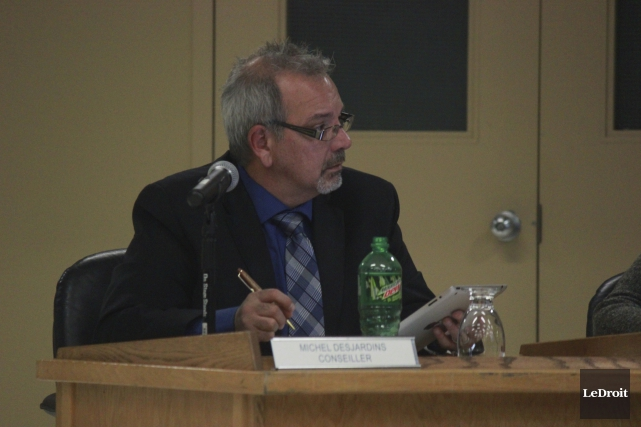 Le conseiller Michel Desjardins craint que le coût... (Martin Brunette, LeDroit)