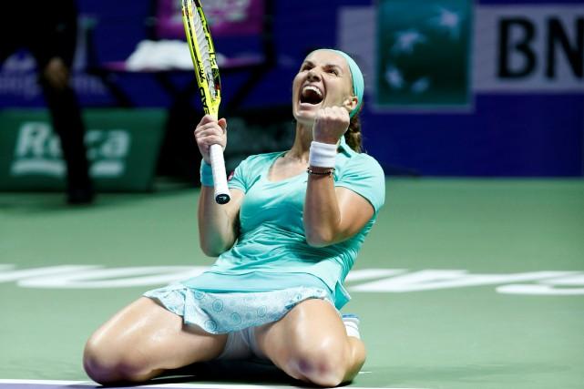 La Russe Svetlana Kuznetsova célèbre après avoir défait... (Photo Edgar Su, REUTERS)