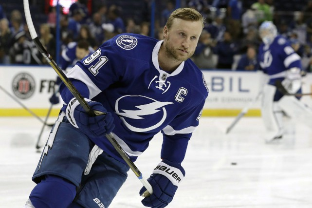 Steven Stamkos a récolté neuf points en six matchs... (Photo Chris O'Meara, AP)