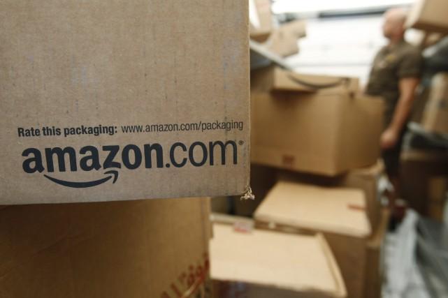Le détaillant en ligne Amazon a annoncé vendredi qu'il ouvrirait un deuxième... (PHOTO ARCHIVES AP)