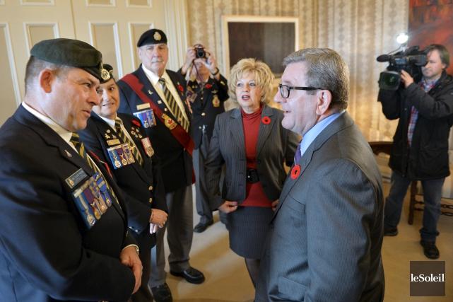 Le maire de Québec, RégisLabeaume, a reçu son... (Le Soleil, Pascal Ratthé)