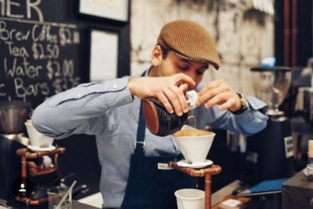 Au Coffee Lab, les clients sont invités à... (Photo fournie par The Coffee Lab)