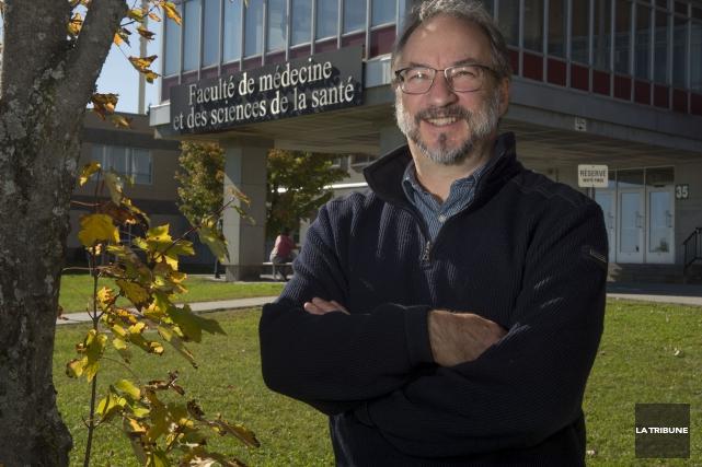 Le Dr François Cabana a entrepris ses études... (La Tribune, Maxime Picard)