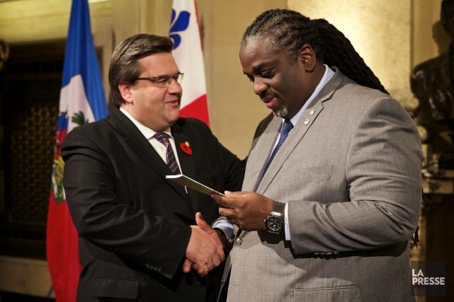 Le maire de Montréal Denis Coderre en compagnie... (PHOTO André Pichette, La Presse)
