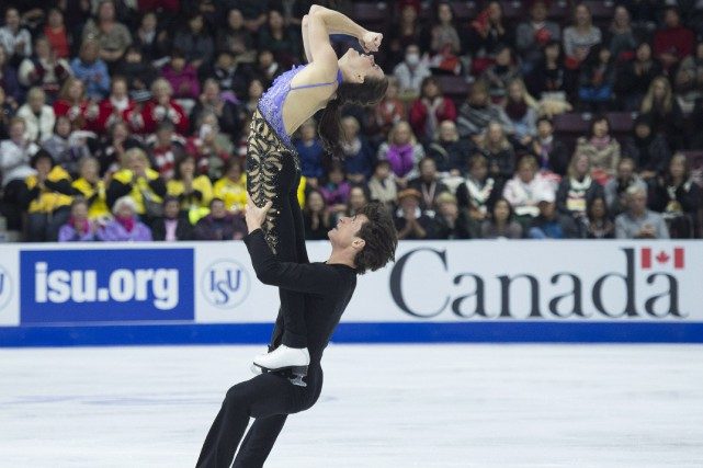 Tessa Virtue et Scott Moir... (PHOTO Nathan Denette, PC)