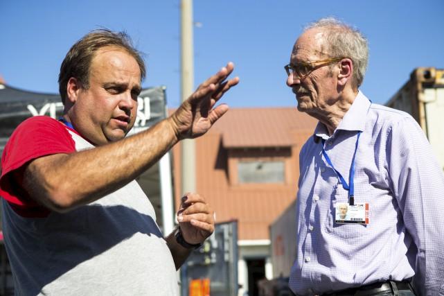 Dominic Fugère avait accueilli Roger Peart, le président... (Olivier Croteau)