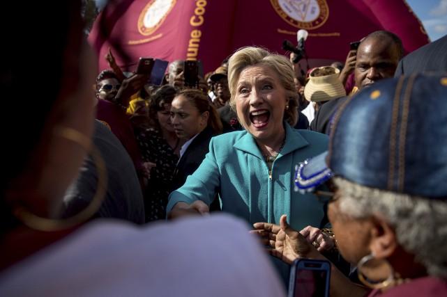 La candidate démocrate était à Daytona Beach, samedi,... (AP, Andrew Harnik)