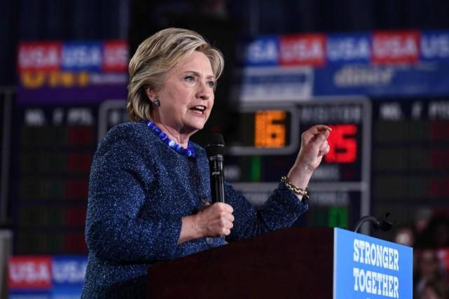Hillary Clinton a qualifié hier de «profondément troublante»... (PHOTO Jewel SAMAD, agence france-presse)