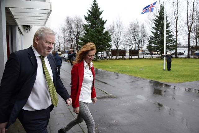 Le premier ministre islandais, Sigurdur Johannsson,a remis sa... (PHOTO Halldor KOLBEINS, AFP)