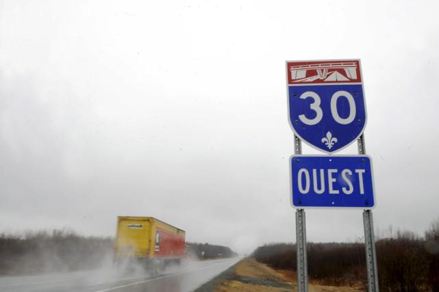Le prolongement de l'autoroute 30 est projeté depuis... (Stéphane Lessard)