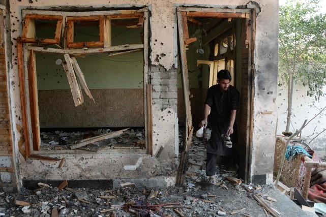 L'EI a revendiqué l'attaque en fin de journée... (PHOTO NOORULLAH SHIRZADA, AFP)